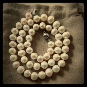 "Australian South Sea Akoyo 18"" Pearl necklace"